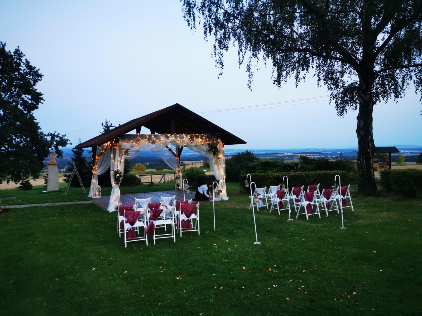 Vínovo - přírodní svatba - Obrázek č. 1
