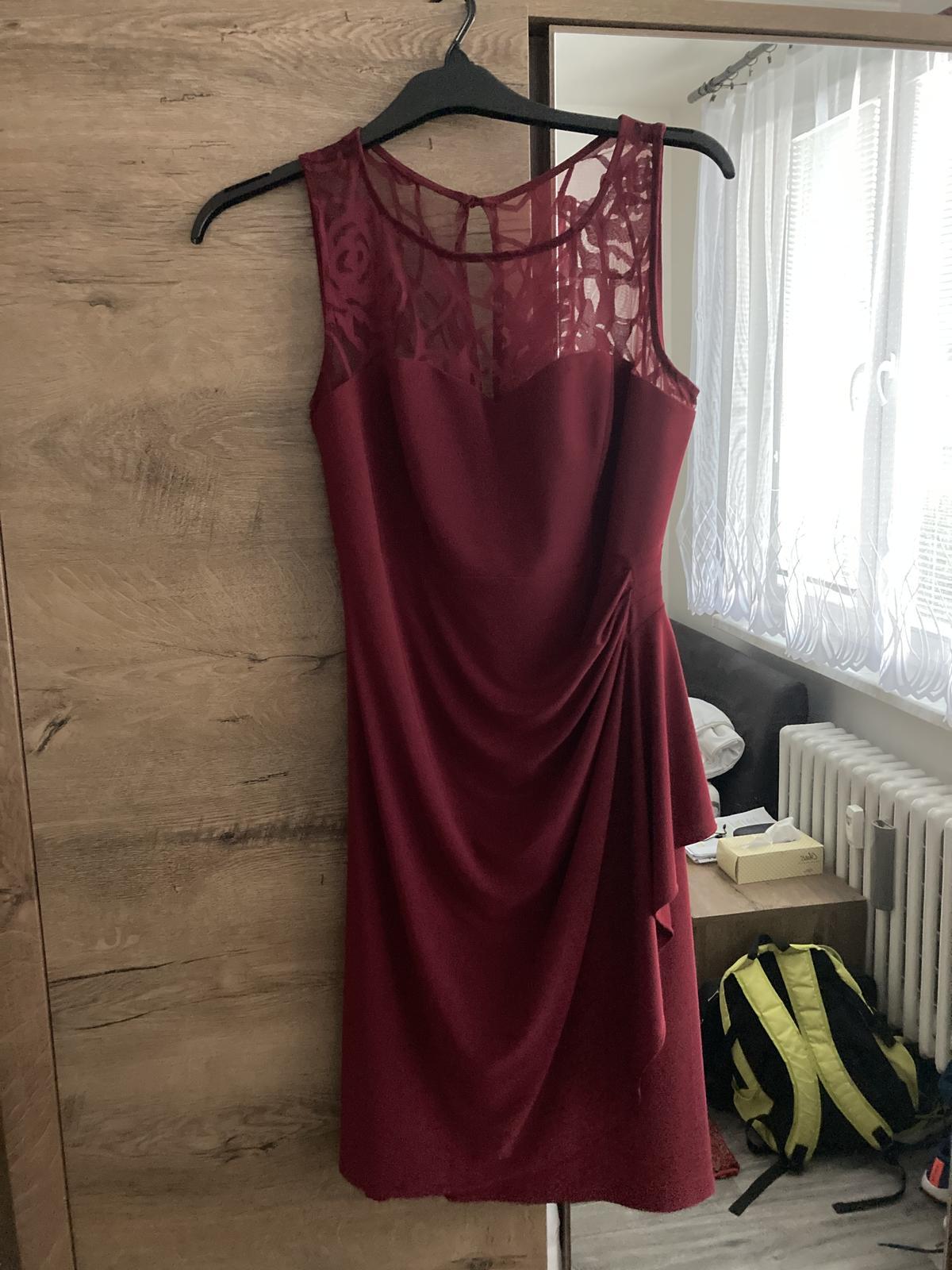 vínové šaty bez rukávů - Obrázek č. 2