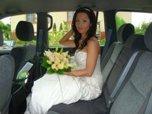 ,,nacpaná,, v autě :-)