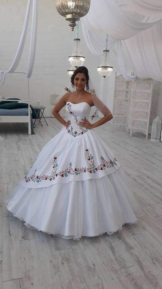 Folklorní styl svatby - Obrázek č. 32