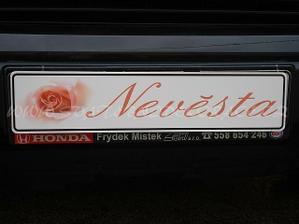 SPZ na auto nevěsty