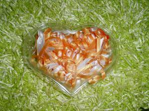 oranžové vývazky pro hosty