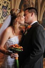 první manželský polibek :)