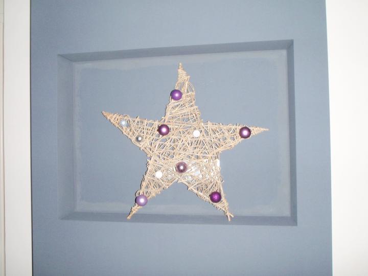 Vánoční:-) - Hvězda zatim ve výklenku na televizi:-)