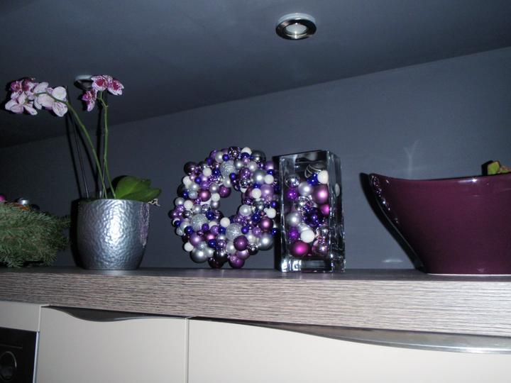 Vánoční:-) - dekorace už dostávají svoje místečka v kuchyni