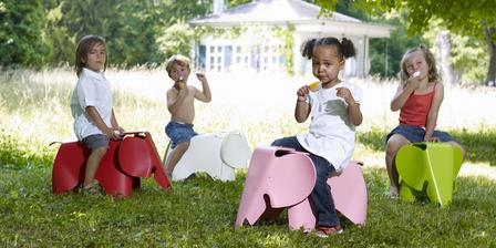 sloníci by se užili, jak v herničce, tak přes léto venku :-)