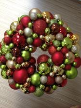kouličkový věnec pro vánoce 2013 :-)