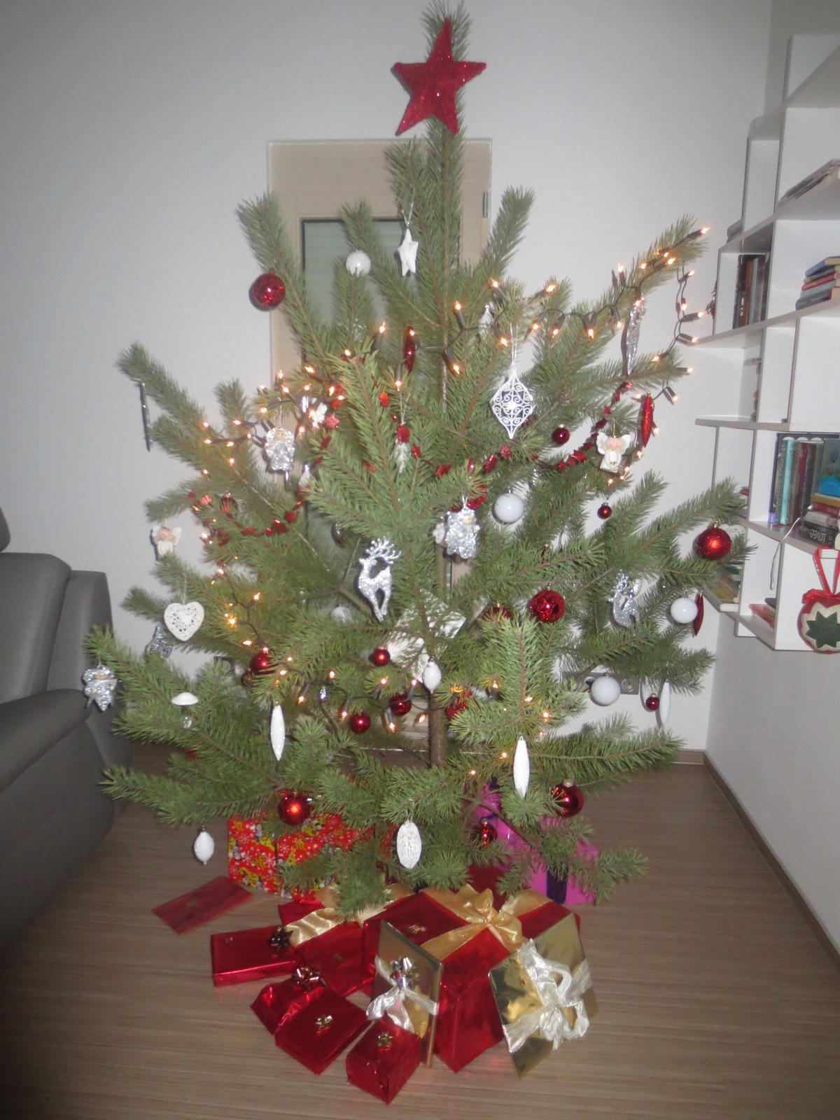 Vánoční:-) - vánoční stromeček 2013