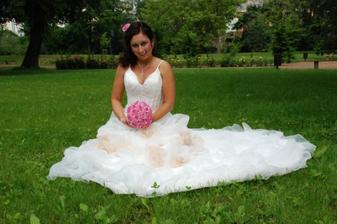 V trávě:-)