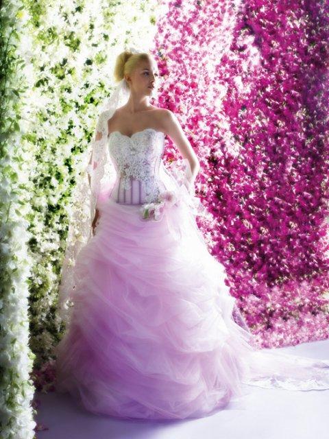 Svatební šaty - růžové i červené až do bordó - Obrázek č. 516