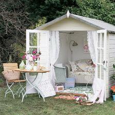 jako domeček pro panenky :)