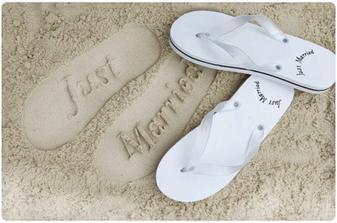 A potom bude pláž, piesok a naša dovolenka:))))