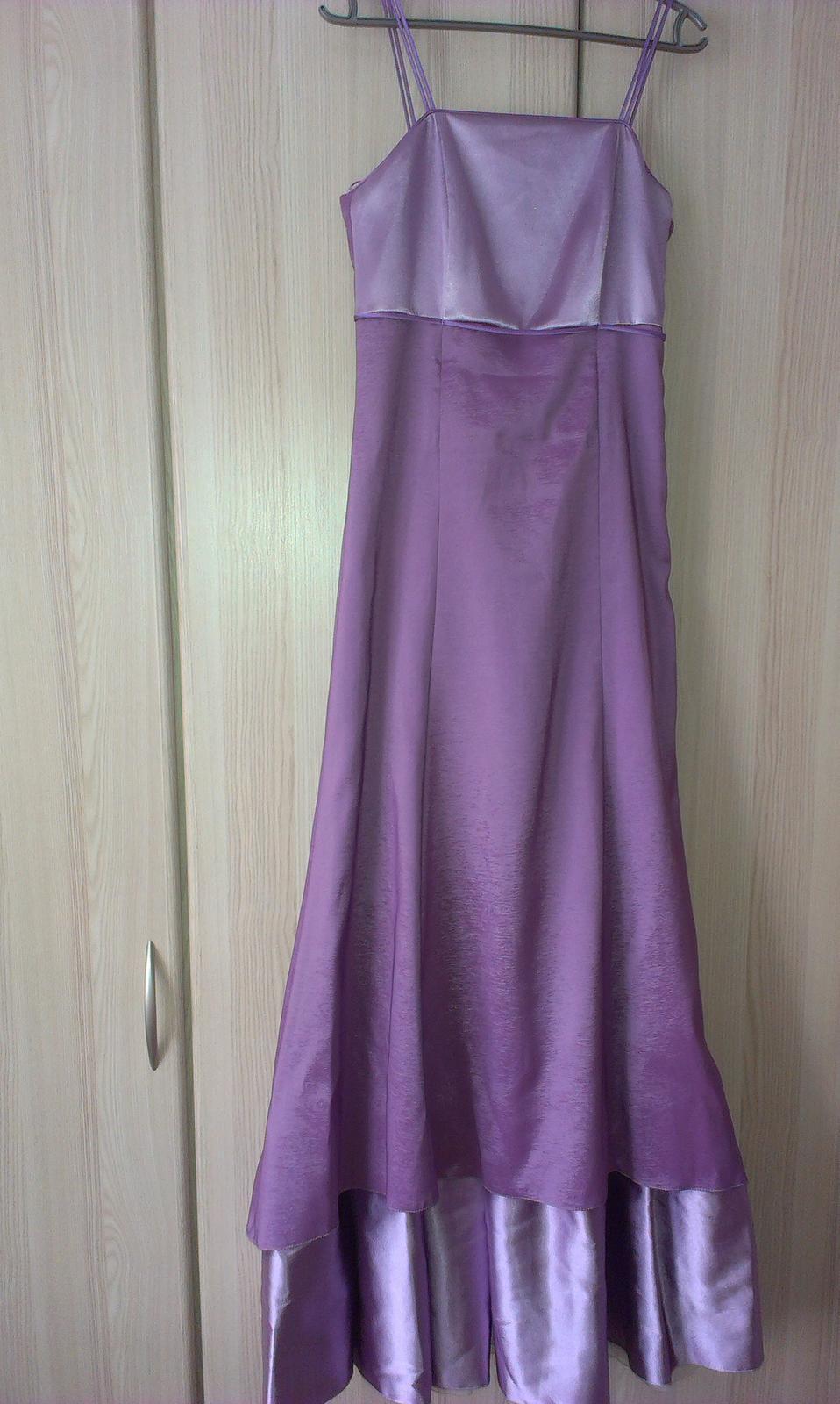 šaty spoločenske fialove - Obrázok č. 1