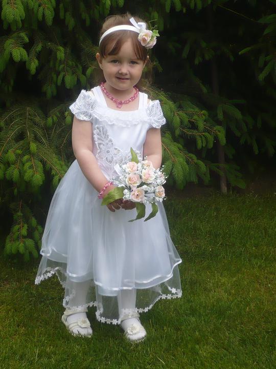 Kristína {{_AND_}}Vladislav - Družička na svadbe - máj 2011