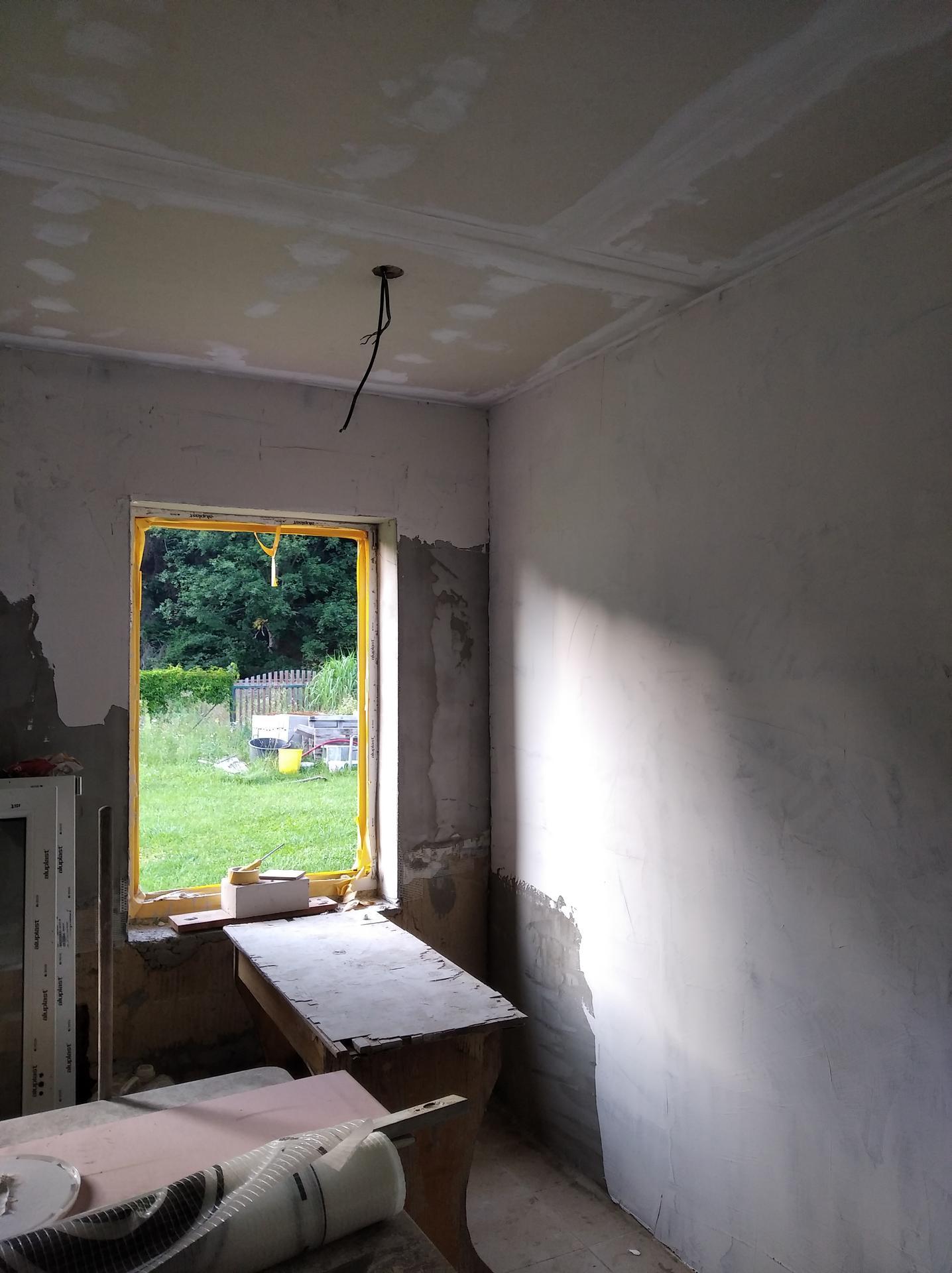 Přestavba hospůdky na bydlení - Obrázek č. 23