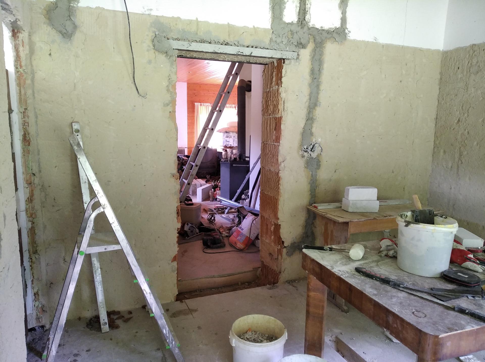 Přestavba hospůdky na bydlení - Obrázek č. 28