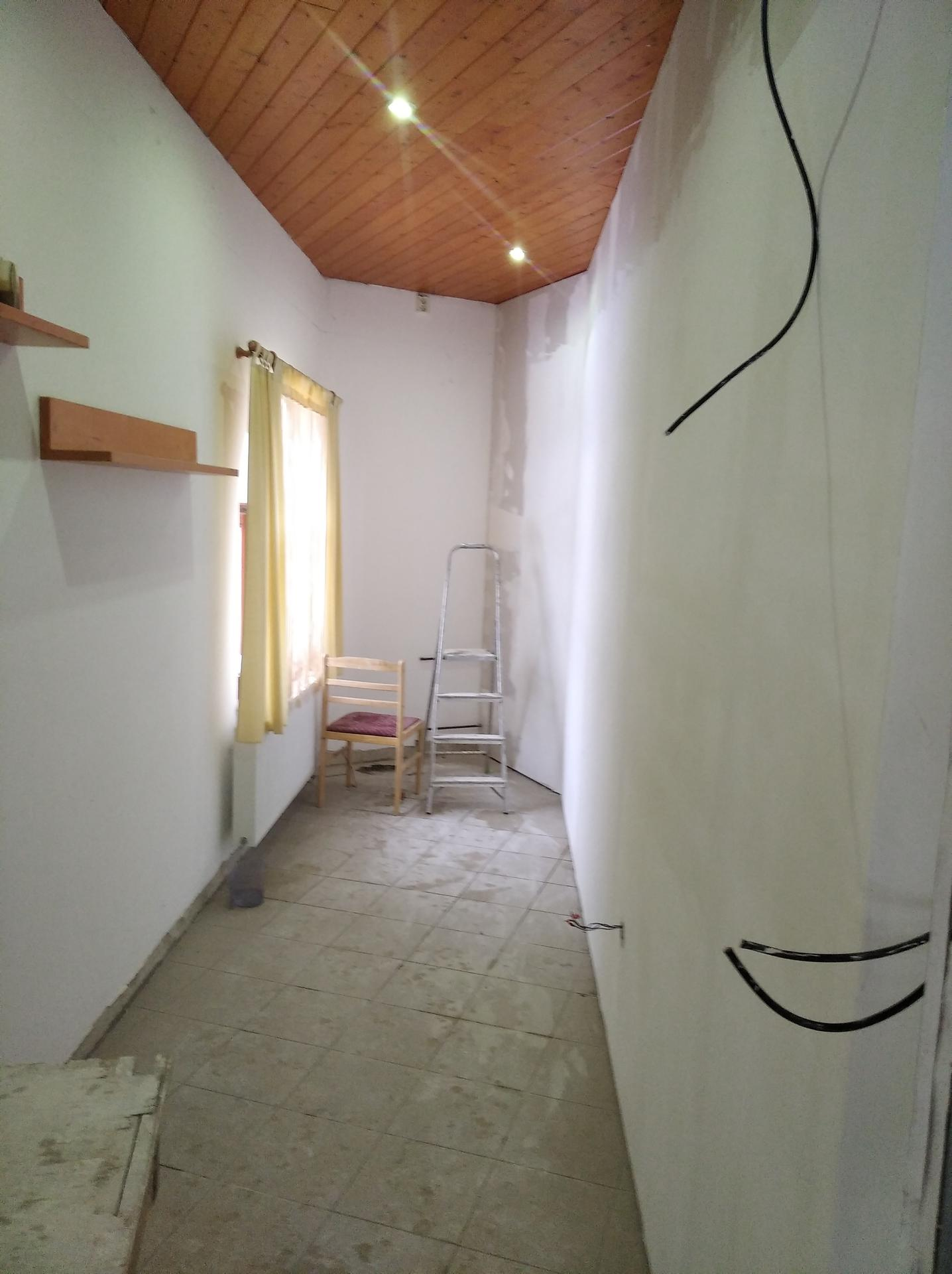 Přestavba hospůdky na bydlení - Obrázek č. 48