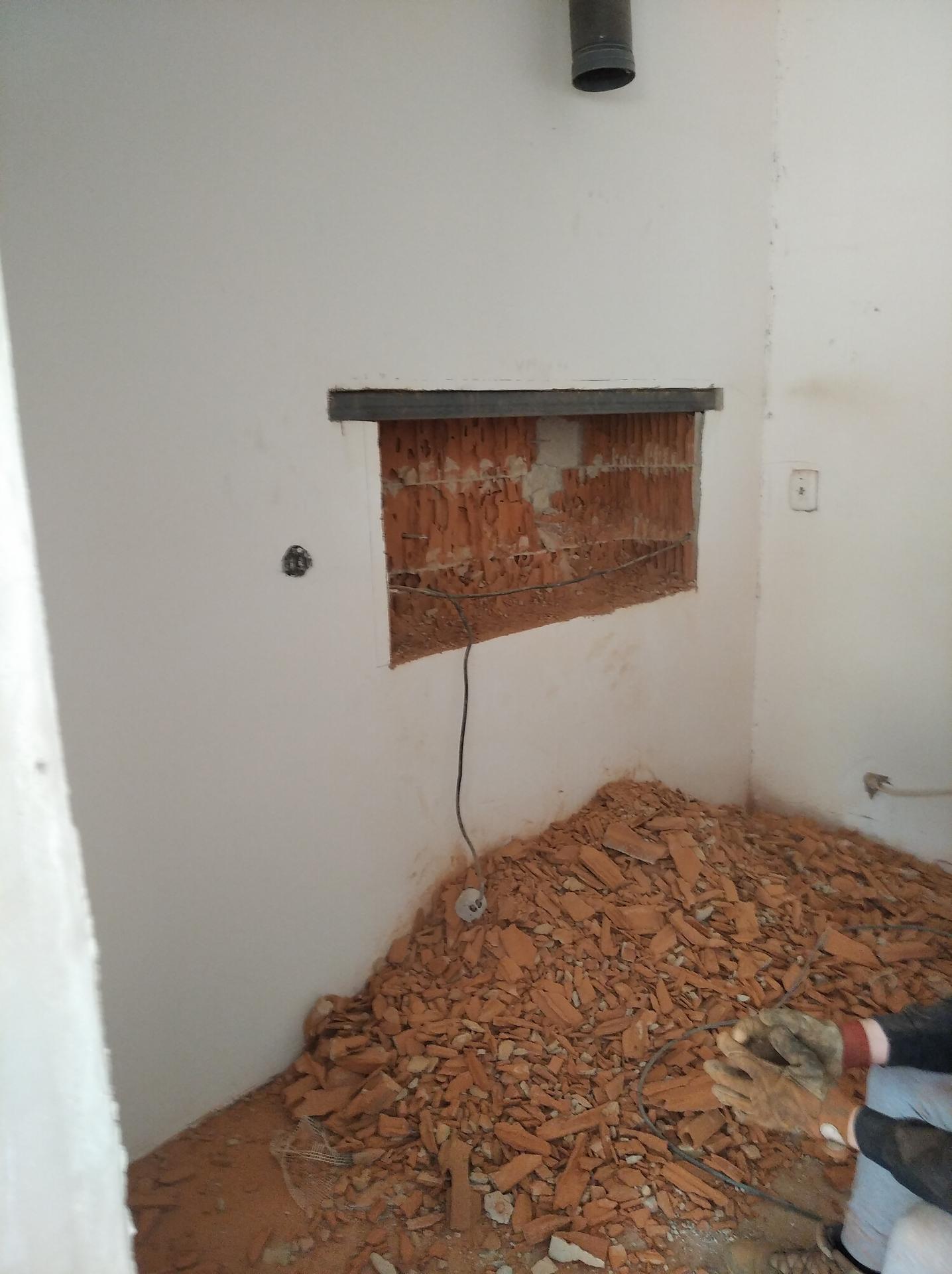 Přestavba hospůdky na bydlení - Obrázek č. 88