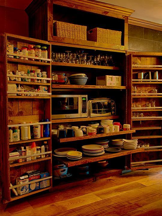 Netradiční kuchyně - takovou skříň jsem snad nikdy neviděla