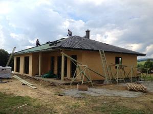 Strecha pred dokončením.