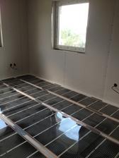 elektrická podlahovka