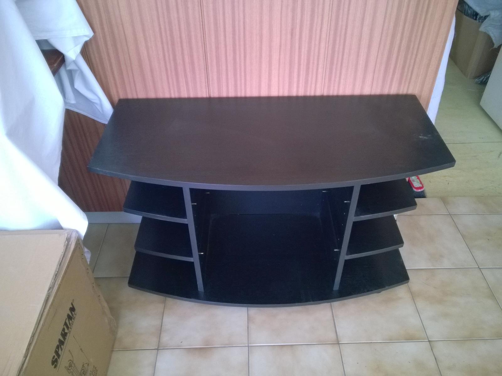 stolík pod TV - Obrázok č. 2