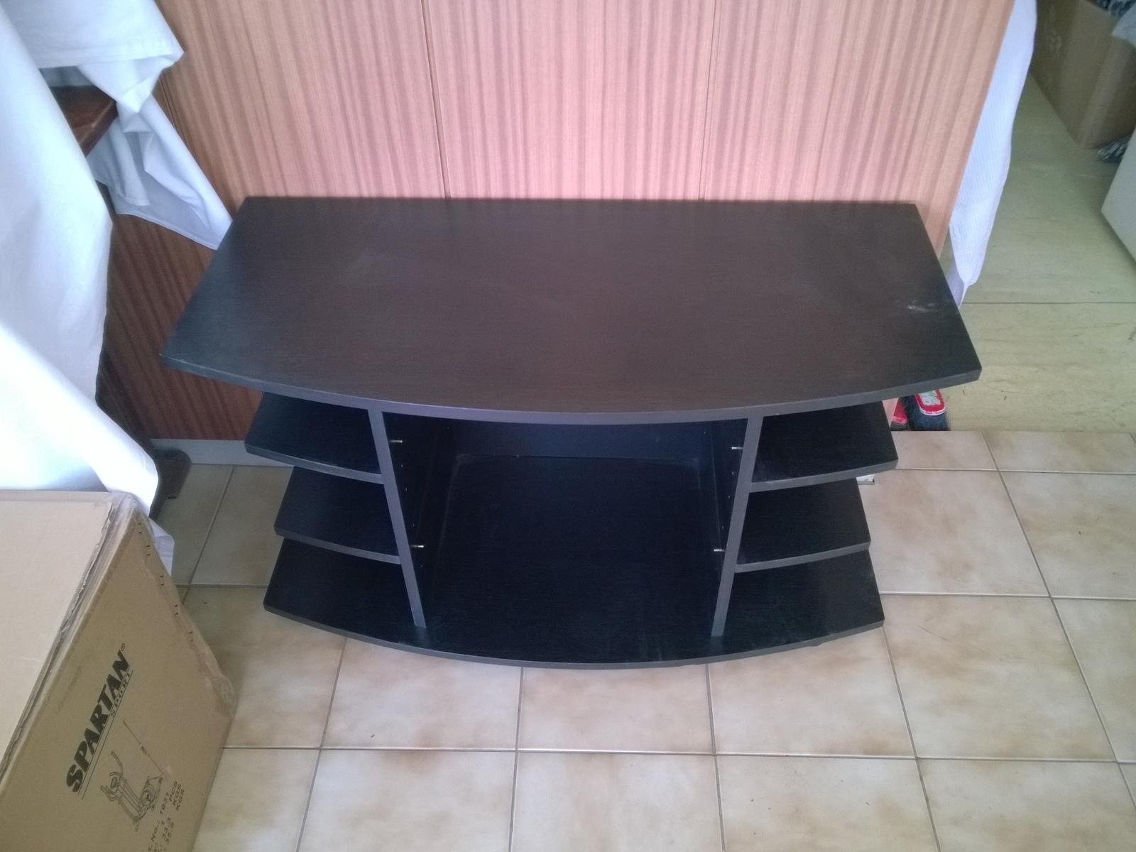 stolík pod TV - Obrázok č. 3
