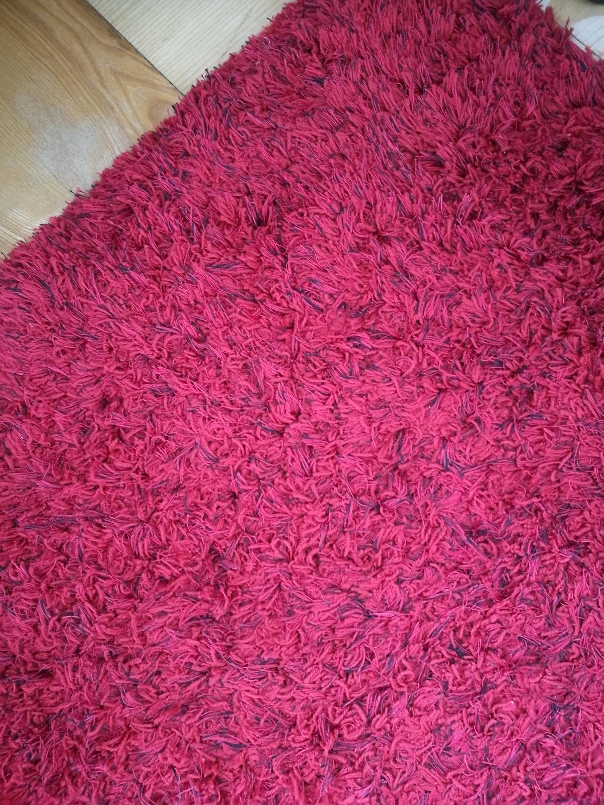 červený koberec - Obrázok č. 3