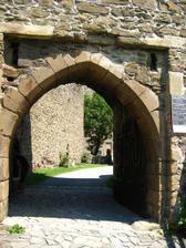 vstupni brana do hradu