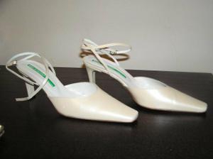 blbá fotka, ale sú to moje topánočky :-)