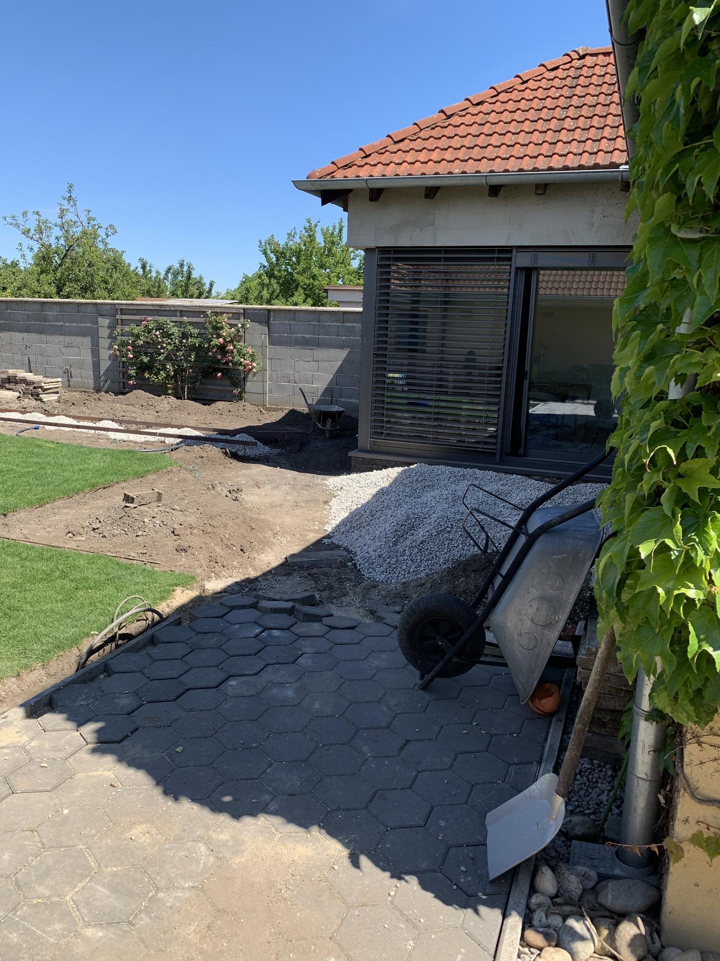 (staro) nová záhrada - Obrázok č. 40