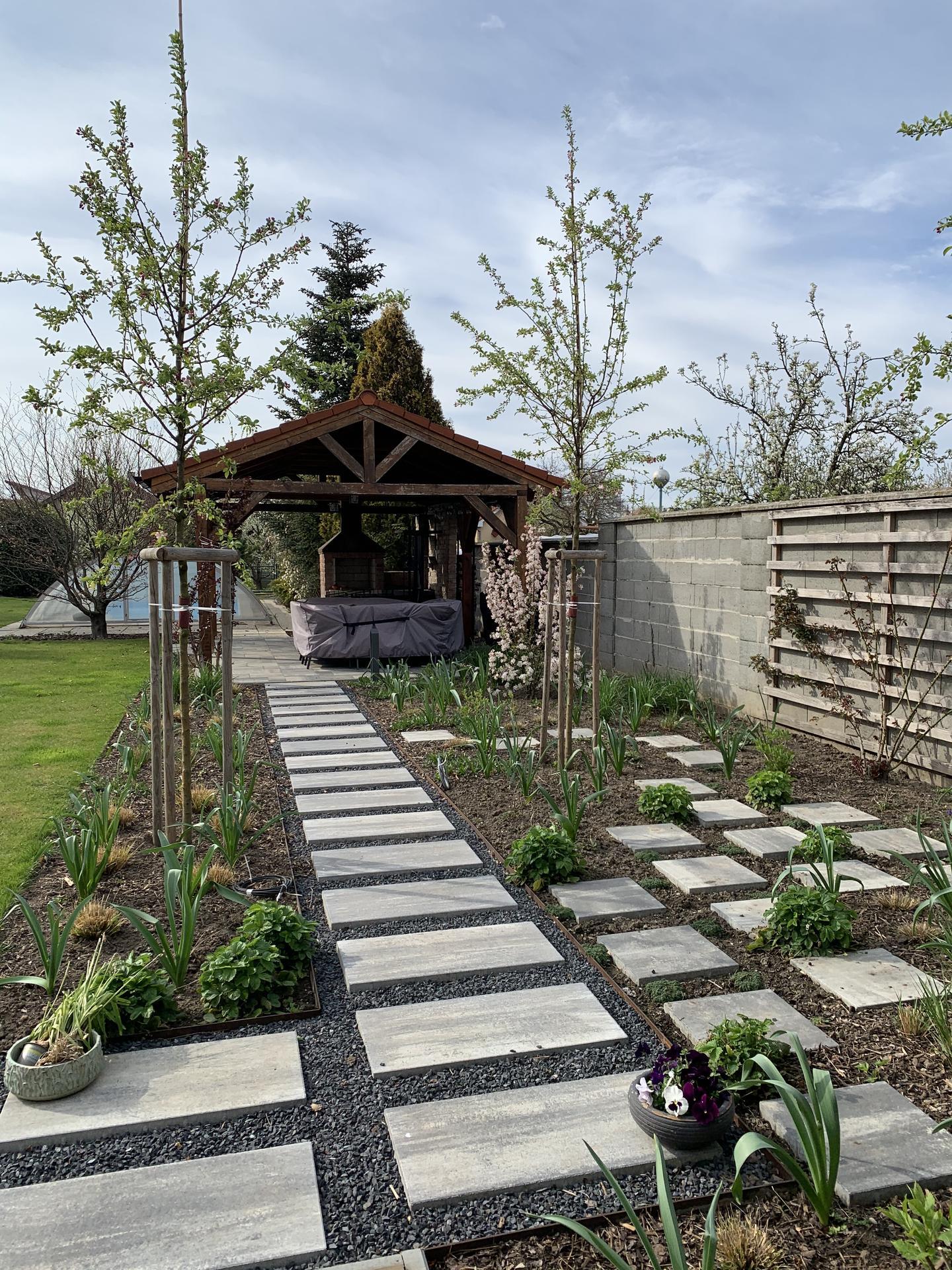 (staro) nová záhrada - Obrázok č. 143
