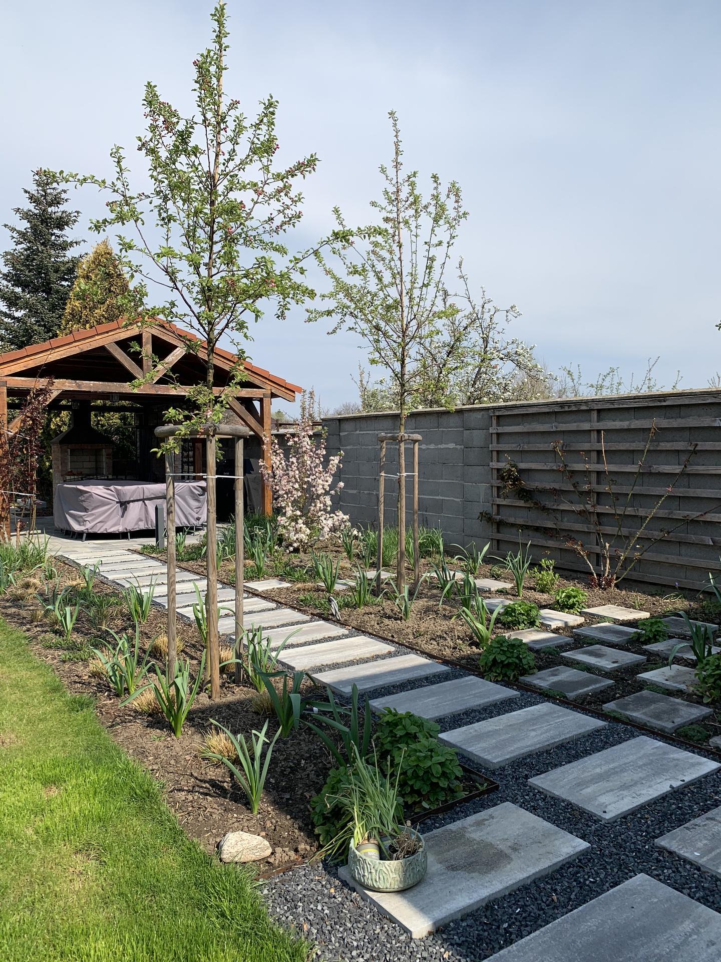 (staro) nová záhrada - Obrázok č. 140