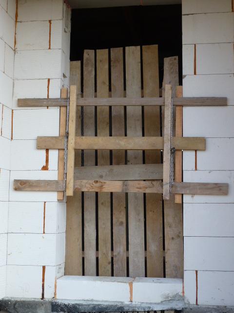 Krok za krokom... - Provizórne protipožiarne dvere...