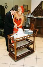 krajanie svadobnej torty, bola MNAM