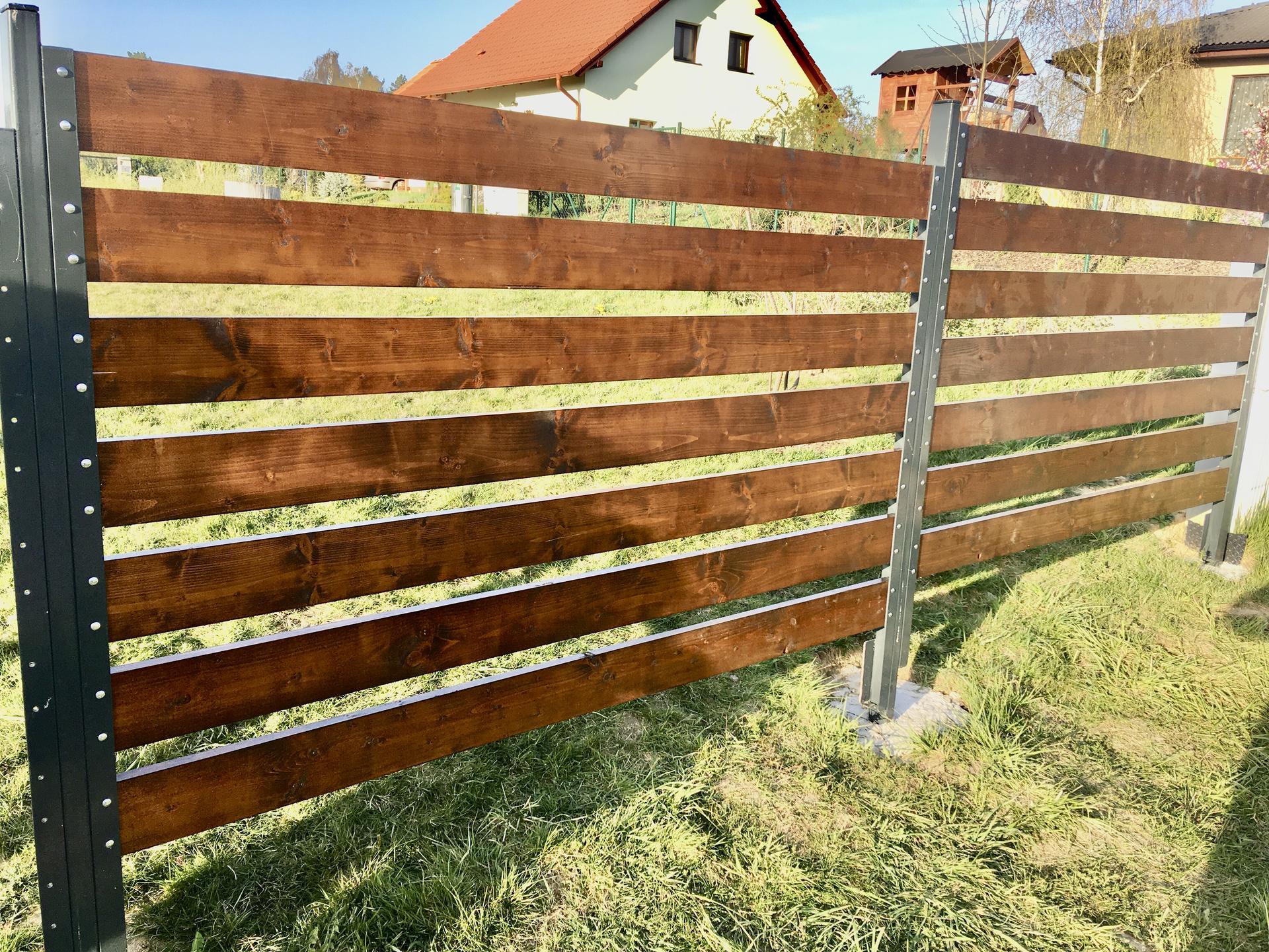 Za plotem - Obrázek č. 32