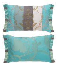 Tyhle by byly na posteli krásné...