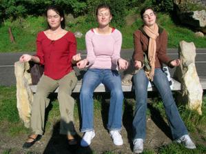ja, napravo moja organistka Janka a nalavo moja draha svedkyna Maťa, cerpame energy zo slnka na Devíne:)