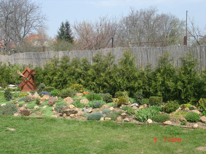 Na dvore a v záhrade - Obrázok č. 9
