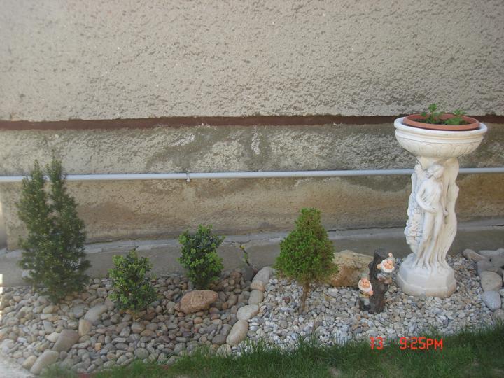 Na dvore a v záhrade - Obrázok č. 19