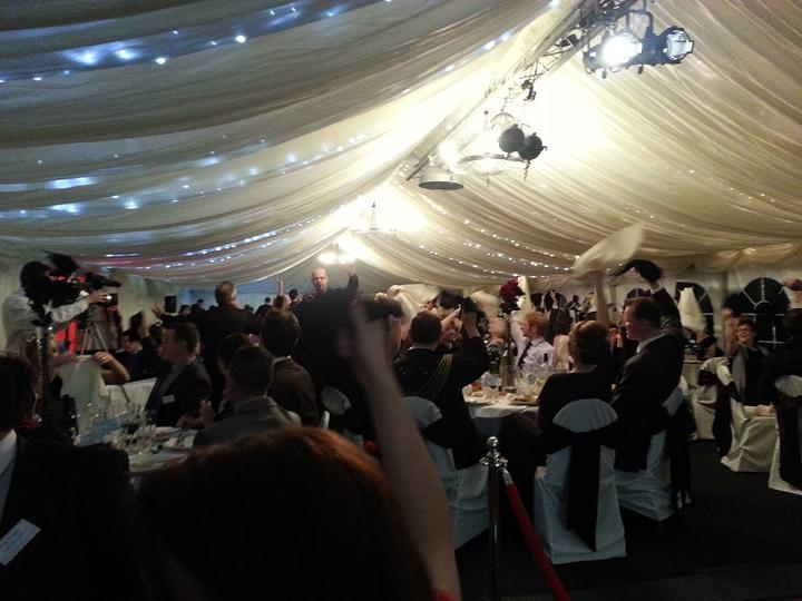 Westcountry Wedding Awards - Vlevo v rohu muj snoubenec :) Ja jsem sla natacet az pozdeji.