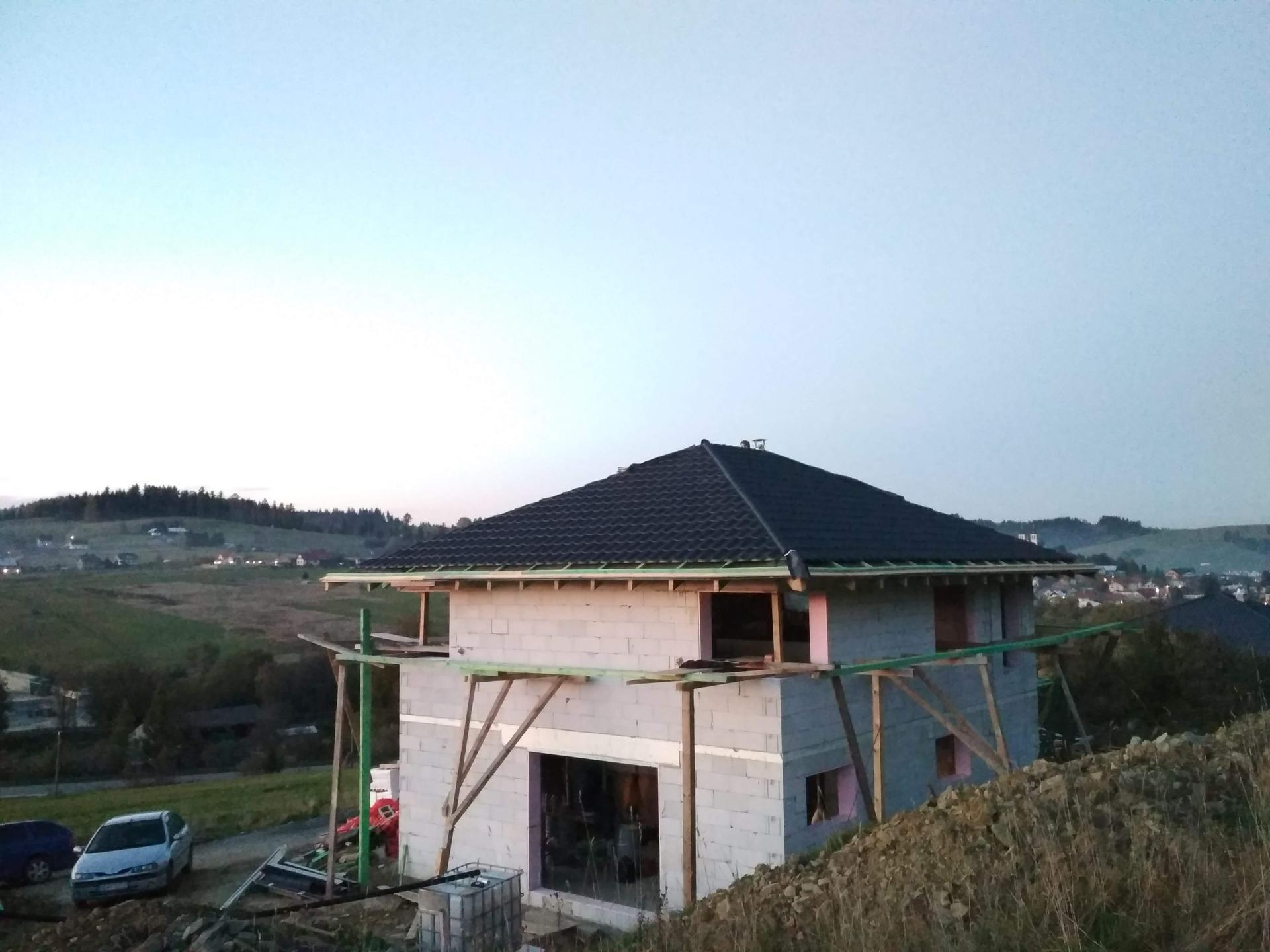 Náš domček ❤️🏡 - 10/2019. Robíme strechu.