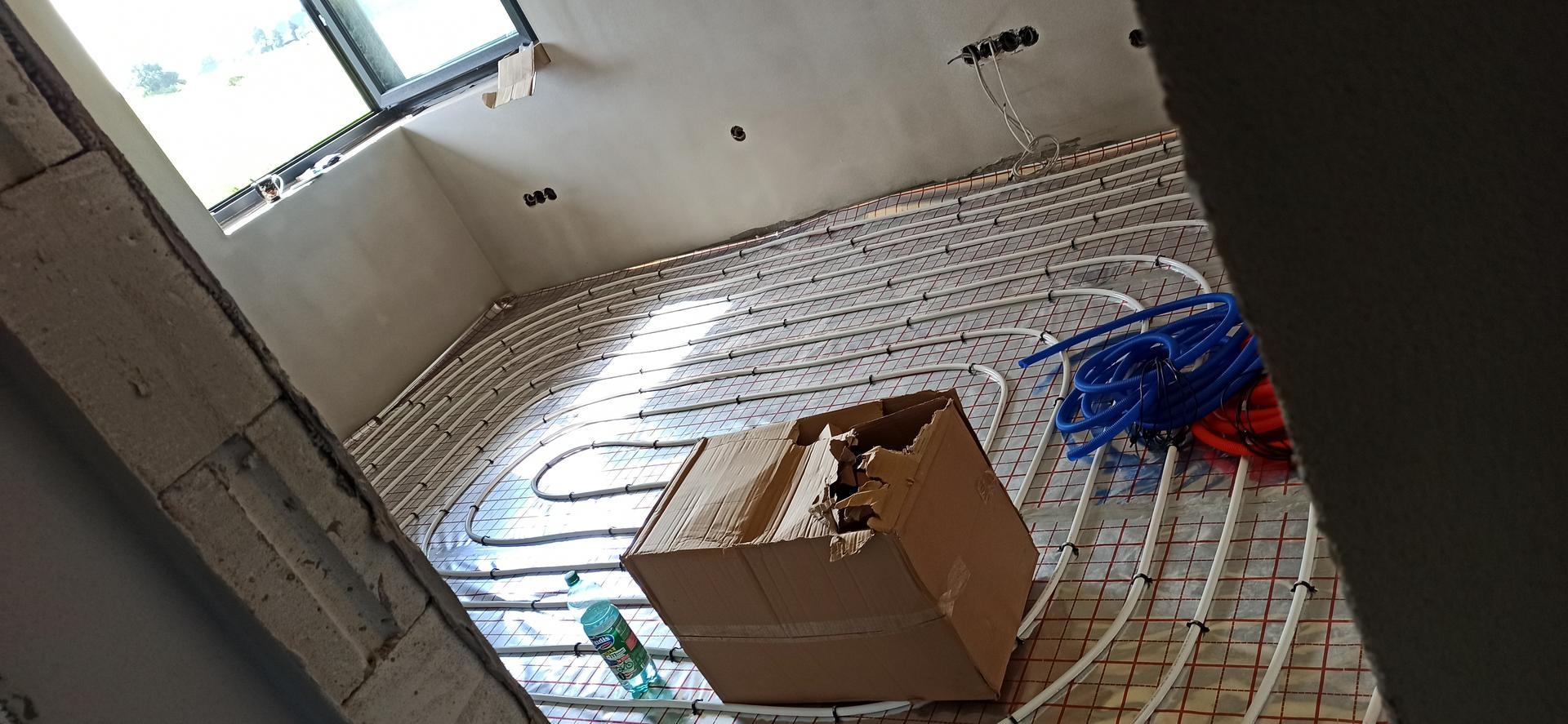 Náš domček ❤️🏡 - Podlahovka hotová