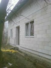 Leden 2011 - konecne osazena okna