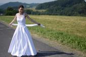 Svatební šaty ušité na míru, 36