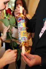 Tento kreatívny darček dostali nevesta lillyanna. :-)