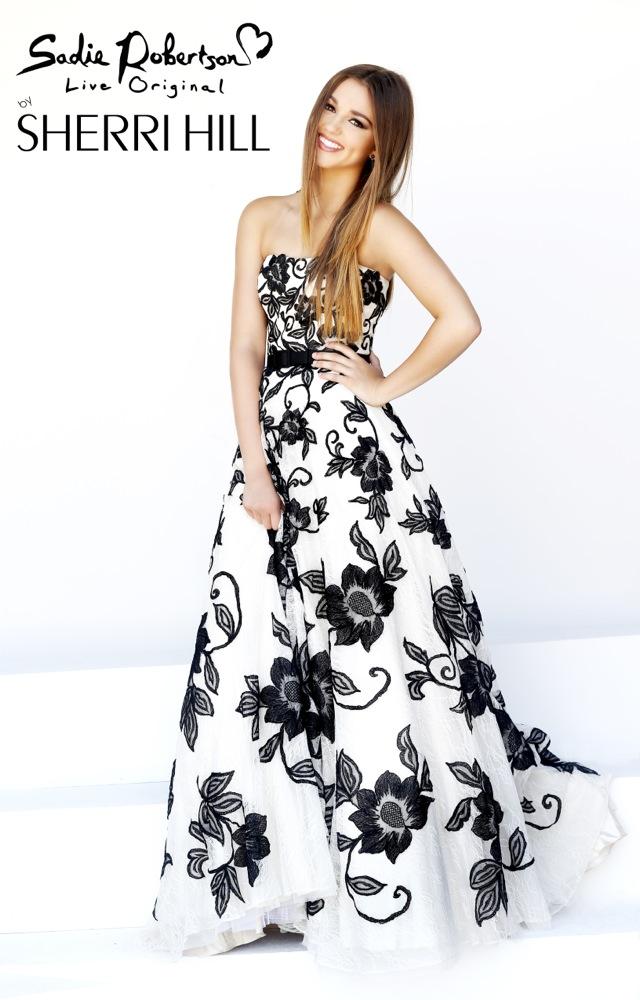 Šaty.....Zaujímavé, originálne, či extravagantné? - ! krása !
