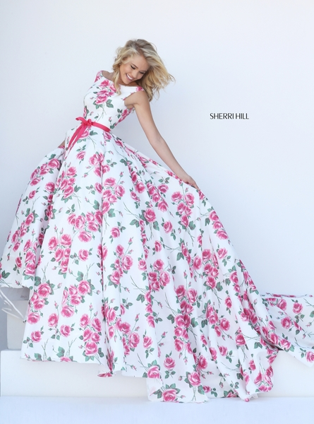 Šaty.....Zaujímavé, originálne, či extravagantné? - Obrázok č. 7