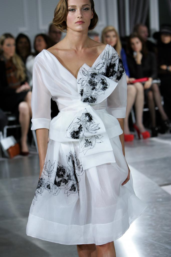 Šaty.....Zaujímavé, originálne, či extravagantné? - Obrázok č. 17