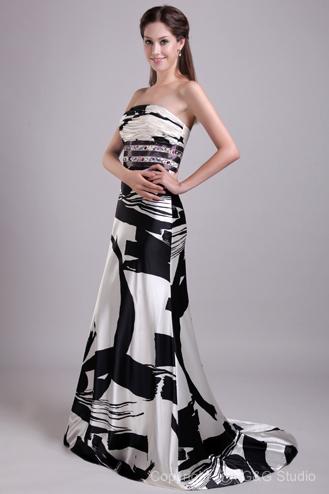 Šaty.....Zaujímavé, originálne, či extravagantné? - Obrázok č. 24